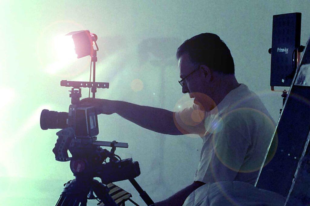 Carlos Avila Jr Filmando